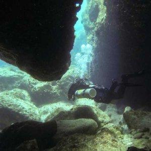 caves dive site